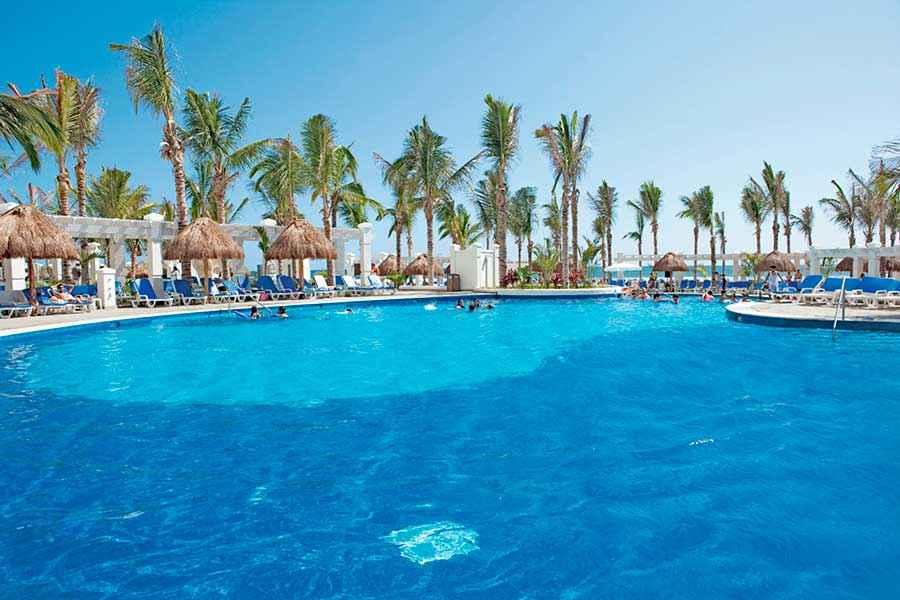 Hotel Riu Emerald Bay  All Inclusive Hotel Playa Brujas