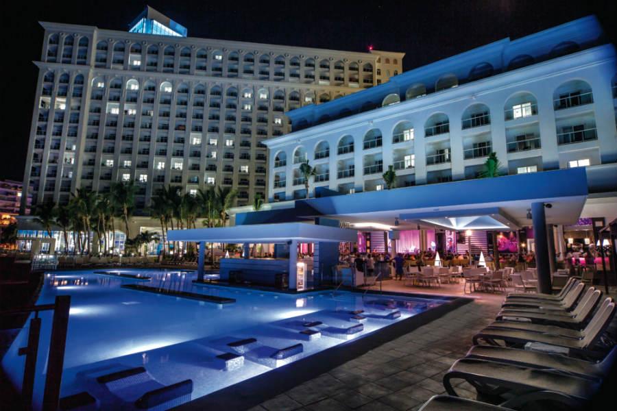 Hotel Riu Cancun  Hotel Cancn todo incluido