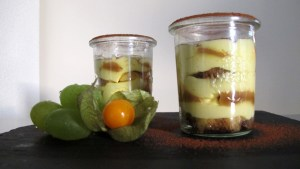 Fertiges uruguayisches Tiramisu in Weck-Gläsern