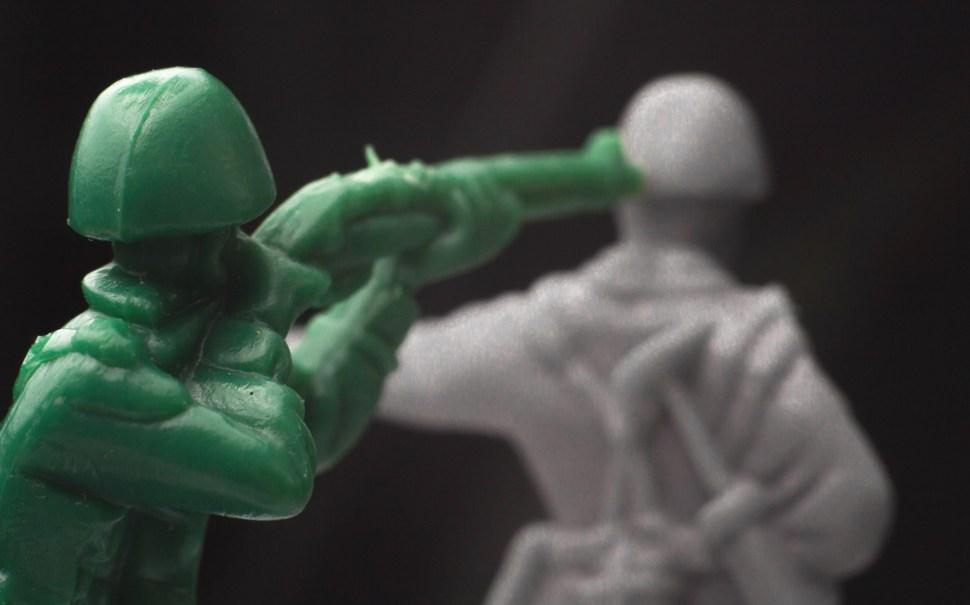 Plastic Army Shooting
