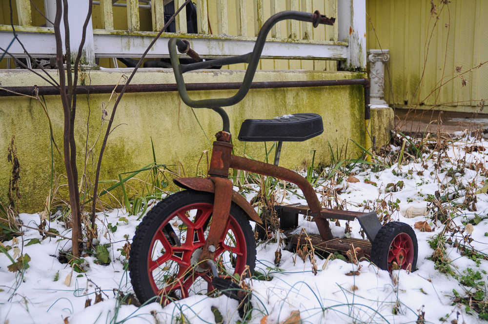 Tricycle Snow Alone Eureka Springs