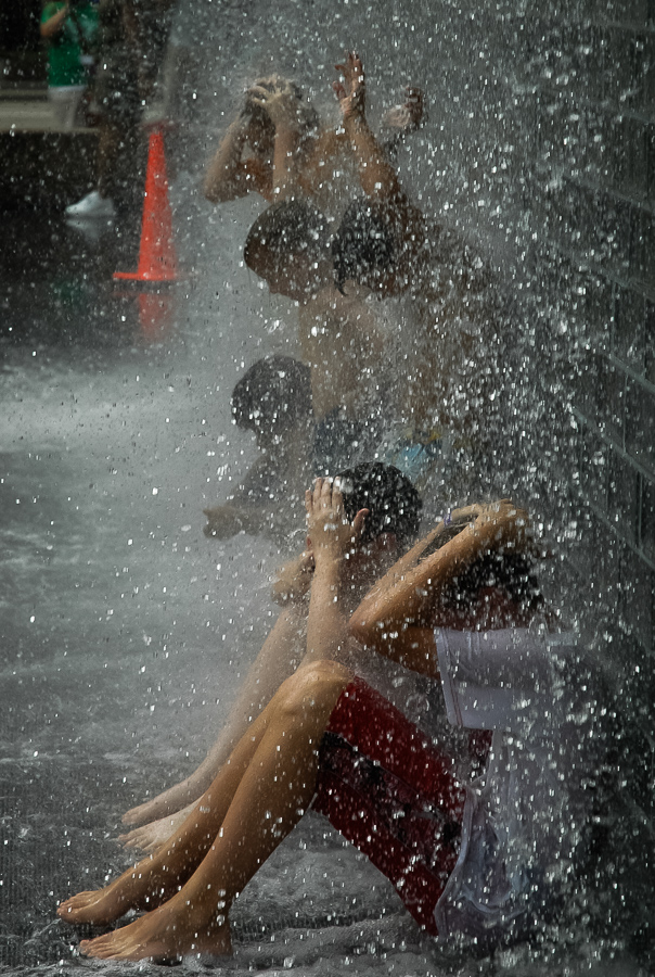 Chicago, Waterfall City Cooling Off In Summer
