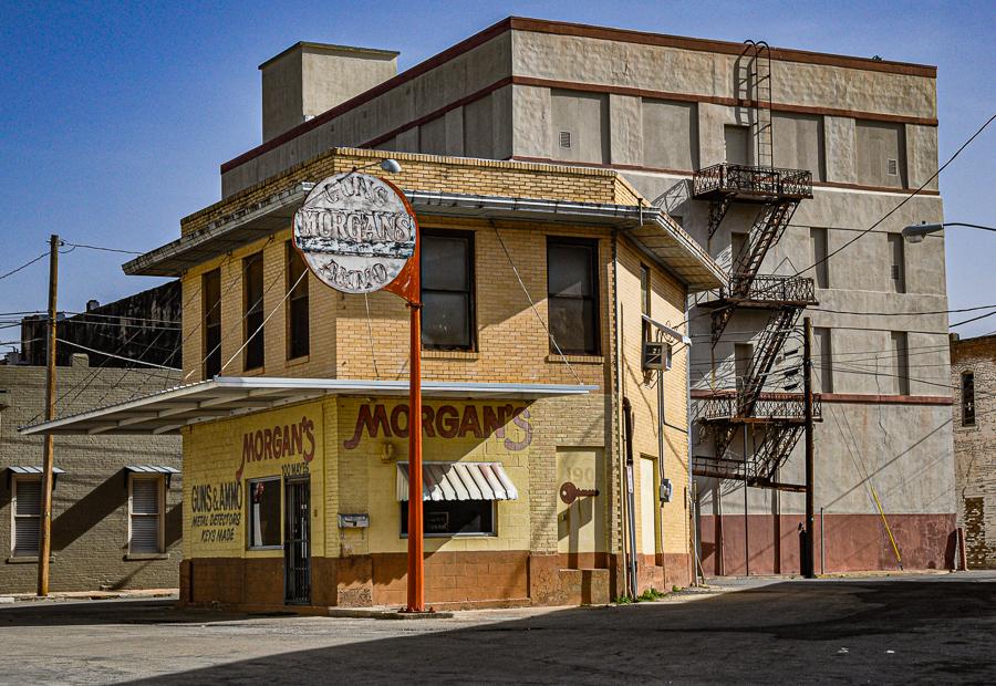 Roadside Relics - Abandoned Building - Forgotten Businesses, Brownsville Texas