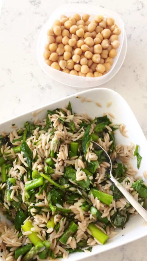 Orzo Asparagus Salad with chickpeas is delicious and can be a delicious meal salad