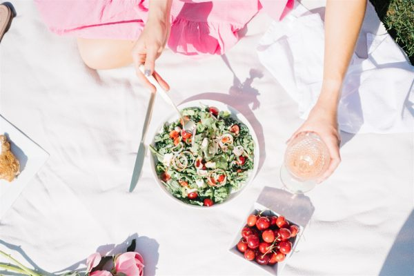 easy and fresh summer salad for picnic