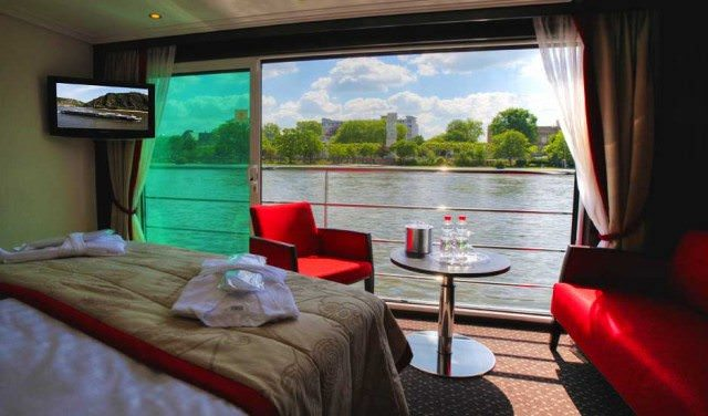 rooms with a view river cruise windows french balconies
