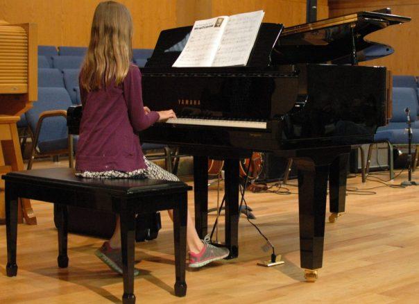 Piano Girl Playing