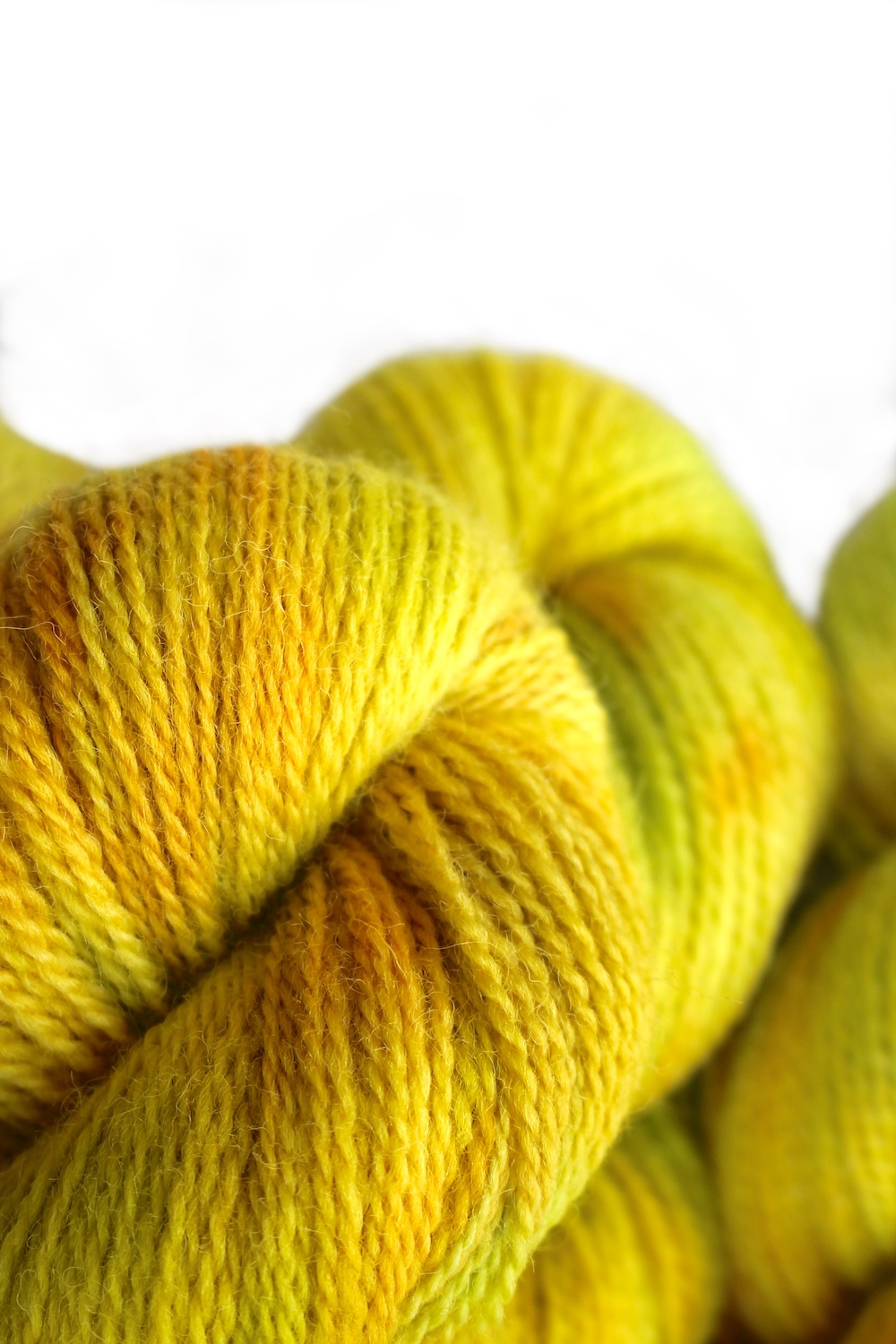 Close up of Appledore in the Kiwano colourway