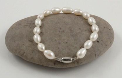 Single Rice Pearl Bracelet Sterling silver clasp