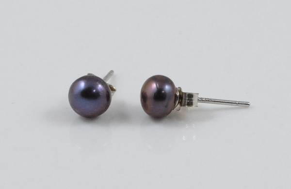 Peacock Pearl Silver Studs)