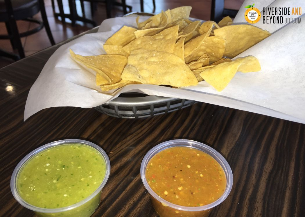 Chilito's Mexican Grill - chips and salsa