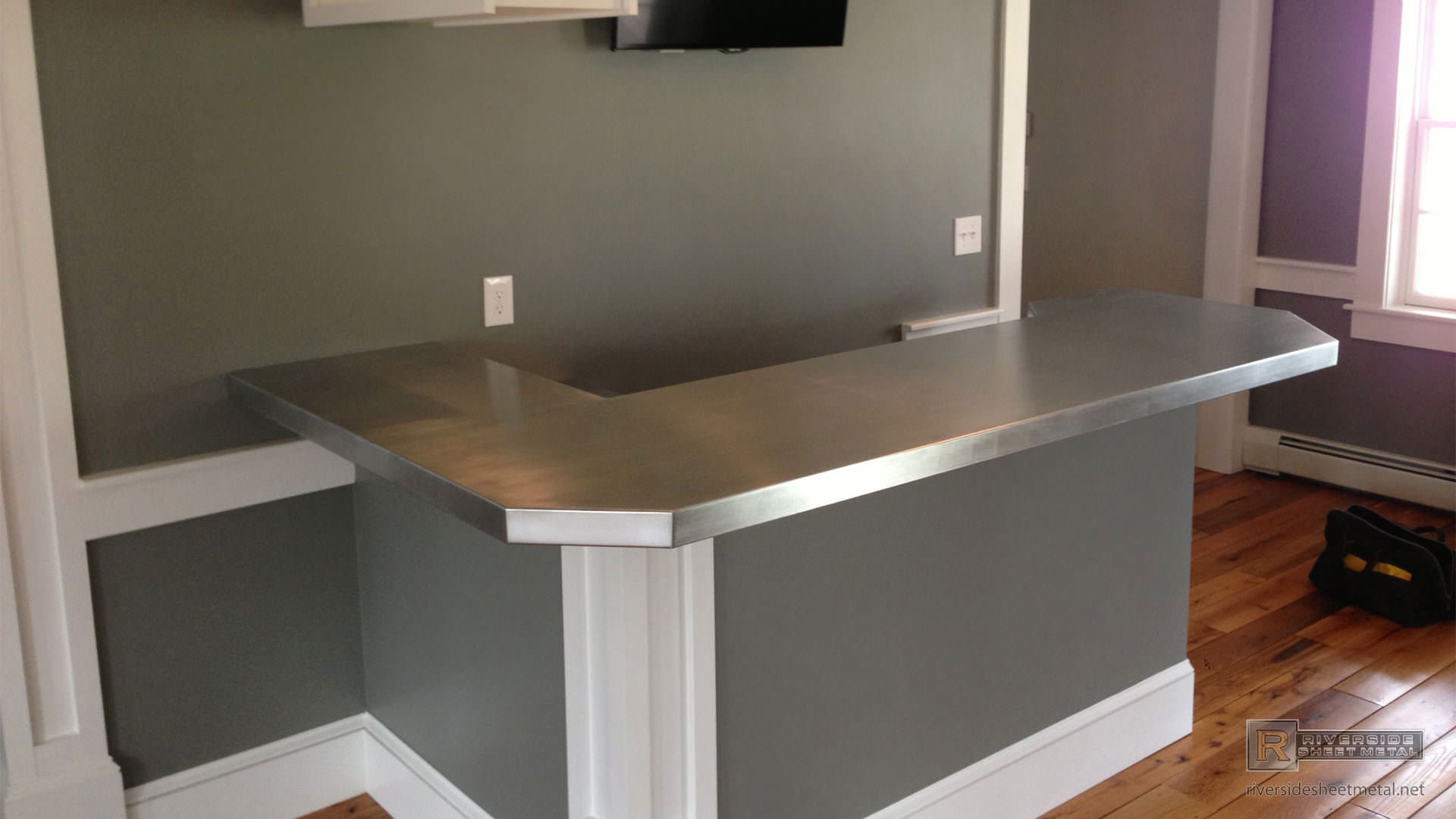 zinc kitchen table home depot cabinet doors bar top l shaped with 45 degree corner