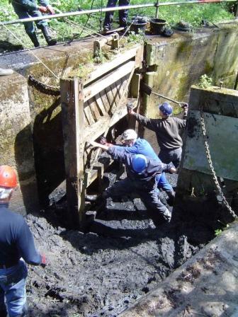 STratofrd St Mary lock Restoration