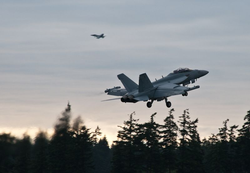 Whidbey_jets-1