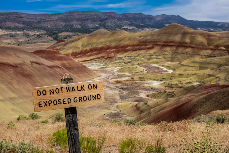 Paintedhills_sign-1