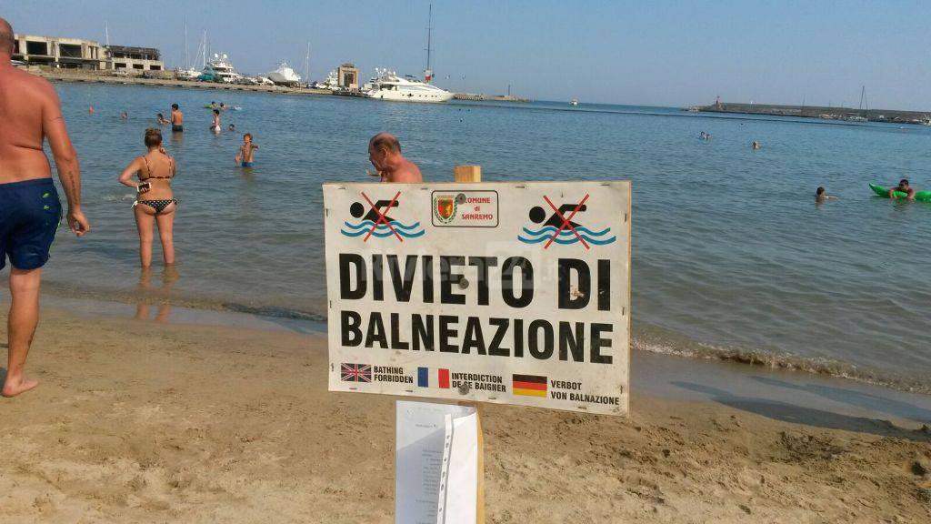 Sanremo divieto di balneazione tra i due porti ma il bagno si fa lo stesso  Riviera24