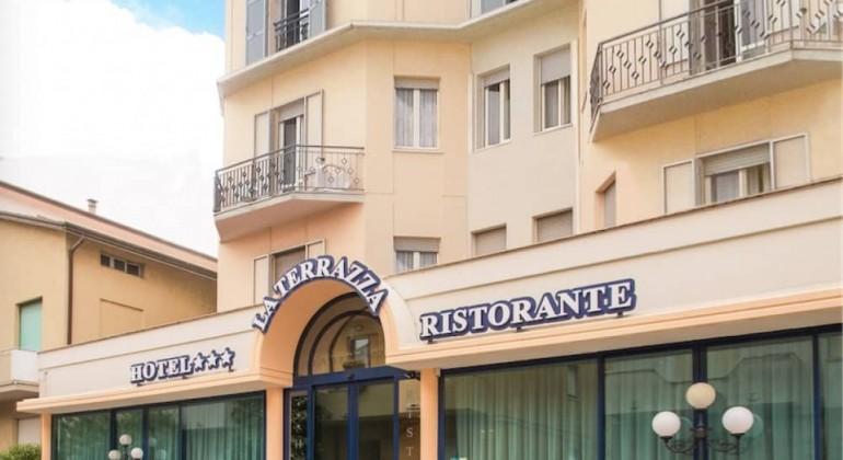 Hotel Potenza Picena Conero  Hotel La Terrazza  Affittacamere Riviera del conero