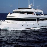 Cruise Belice yacht charter sailboat