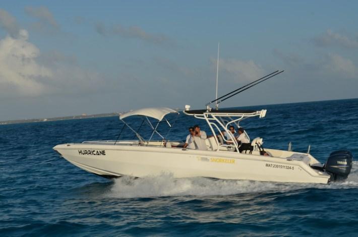 contoy boat exterior