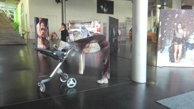 anna-uddenberg-e-lit-installation-view