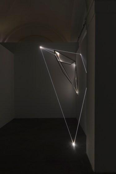 Carlo Bernardini, Oltrelimite, 2017, fibra ottica. Carlo Bernardini, Oltrelimite, 2017, fibra ottica. Foto Roberto Marossi (3)