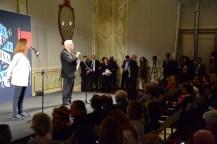 Il presidente Baratta e la curatrice Christine Macel anno avvio alla cerimonia di premiazione.