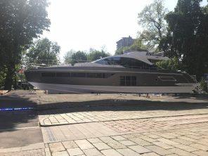 Yacht Azimuth S7