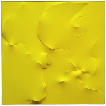Agostino Bonalumi, Giallo, 1996, 200x200 cm, Tela estroflessa e tempera vinilica