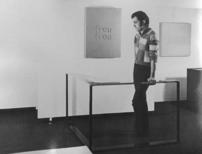 Alighiero Boetti veduta mostra Christian Stein 1967 Ritratto con Mancorrente.