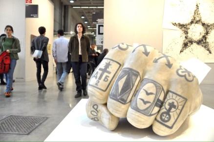 Fabio Viale, Il Vostro sarà il nostro, 2016. Galleria Poggiali e Forconi, Firenze