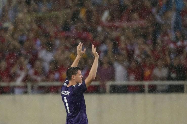 Vietnam v Arsenal
