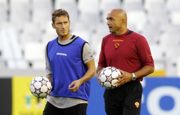 Totti e Spalletti, dieci anni fa (José Jordan/Afp/Getty Images)