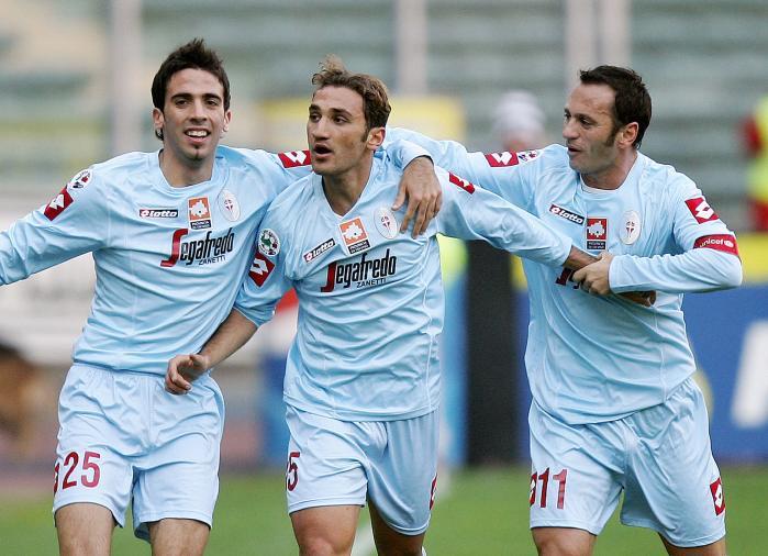 Francesco Parravicini, Hernan Dellafiore, Fabio Gallo: il Treviso è in vantaggio al Delle Alpi (Paco Serinelli/Afp/Getty Images)