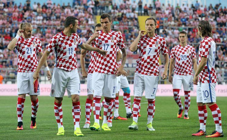 Domagoj Vida, Darijo Srna, Mario Mandzukic, Ivan Rakitic, Luka Modric (STR/AFP/Getty Images)