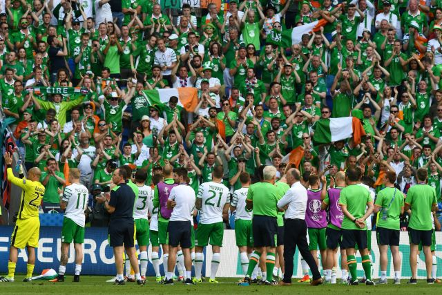 Ireland's players acknowledge their supporters after losing the Euro 2016 round of 16 football match between France and Republic of Ireland at the Parc Olympique Lyonnais stadium in Decines-Charpieu, near Lyon, on June 26, 2016. / AFP / FRANCK FIFE (Photo credit should read FRANCK FIFE/AFP/Getty Images)