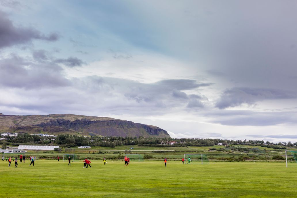 Teenage boys attend a training on June 28, 2016 at the the football club Afturelding in Mosfellsbaer, outside of Reykjavik, where national Iceland's football player Hannes Haldorsson trained as a teenager. / AFP / Karl Petersson (Photo credit should read KARL PETERSSON/AFP/Getty Images)