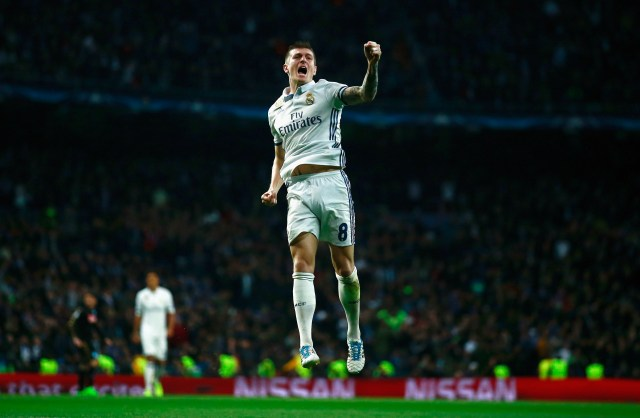 Real Madrid CF v SSC Napoli - UEFA Champions League Round of 16: First Leg