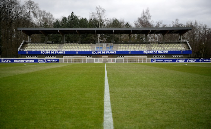 FBL-EURO-2016-FRA-TRAINING CENTRE-FEATURE