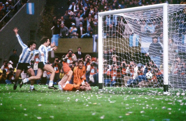 WORLD CUP-1978-ARG-NED