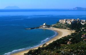 Пляж Сперлонги в области Лацио