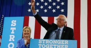 Sanders a un comizio a sostegno di Clinton