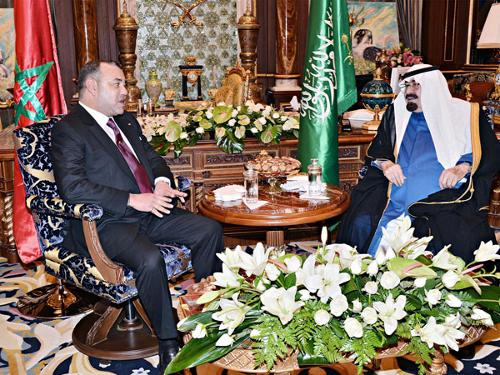 Custodian of the Two Holy Mosques King Abdullah holds talks with King Mohammed VI of Morocco at his place of residence in Casablanca on Monday evening. They discussed issues of mutual concern and ways to further enhance bilateral cooperation between the two countries. — SPA