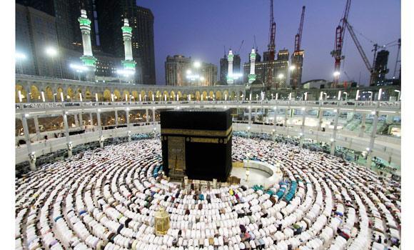 Muslim faithfuls pray Maghreb (evening prayer) after break-fast in Makkah, Saudi Arabia.