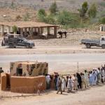 307,000 Pakistanis flee from war in tribal region