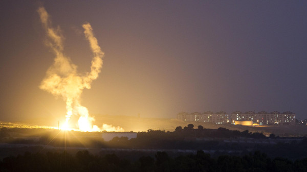 An Israeli rocket is fired into the northern Gaza Strip July 17, 2014.