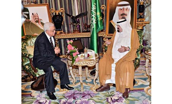 Custodian of the Two Holy Mosques King Abdullah holds talks with Palestinian President Mahmud Abbas at the King's Palace in Jeddah on Sunday night. (SPA)