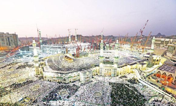 Makkah's Grand Mosque was jam-packed with millions of Muslims offering Eid prayers on Monday. (SPA)