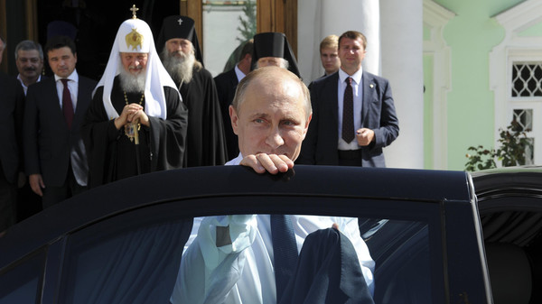Russian President Vladmir Putin visits the Trinity Lavra monastery in Sergeiv Posad in the Moscow region July 18, 2014.