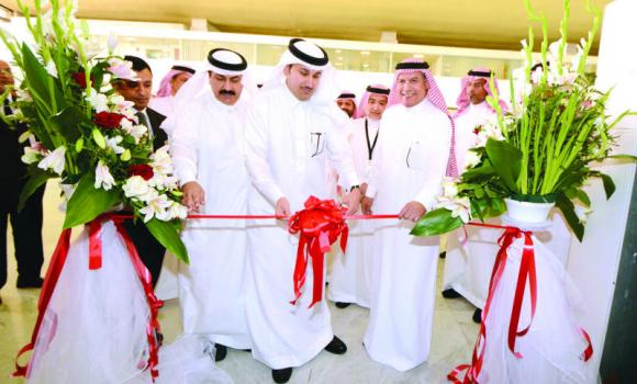 Saudia's Director-General, Saleh Al-Jasser, opens the new lounge for transit passengers at KAIA in the presence of Saudia CEO Abdul Aziz Al-Hazmi, Executive Vice-President of Public Relations Abdullah Al-Ajhar, and other senior officials.