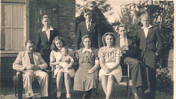 The Zanoli Family in 1942, Netherlands.